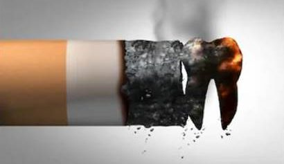Dejar de fumar disminuye el riesgo de perder dientes.
